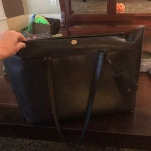 Tory Burch black Parker purse.
